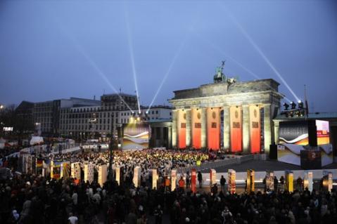 Hoy se celebran 20 años de la caída del muro de Berlín