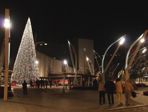 Nuevo Outlet BilbaoCentro en la plaza Indautxu, Bilbao