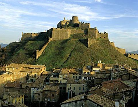 Los paradores de Cardona y de Jaén entre los mejores hoteles-castillos de Europa