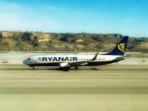 Nuevas rutas de Ryanair desde Alicante y Valencia
