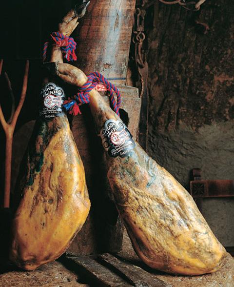 El jamón, el rey en el pabellón español de la Expo 2010