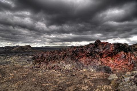 La nube volcánica podría volver a cerrar aeropuertos
