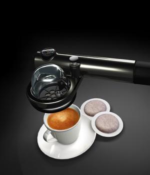 Para los que no pueden viajar sin café… cafetera portátil