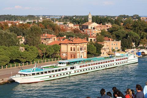 Cruceros fluviales, otra forma de viajar y navegar