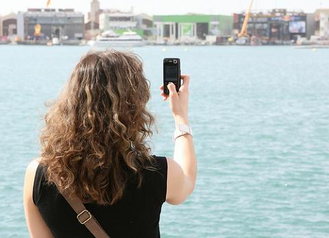 Una nueva aplicación convertirá el móvil en una guía turística personalizada