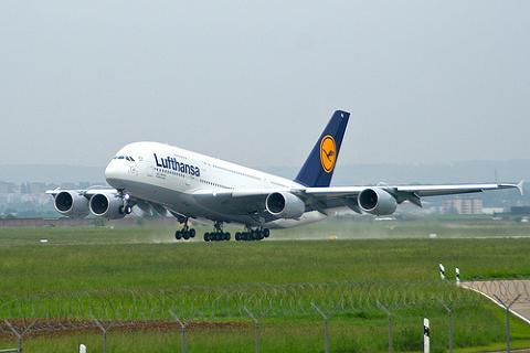 El A380 llega a España
