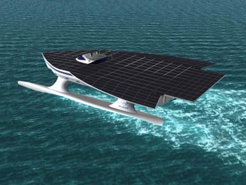 El mayor barco solar del mundo atraca en Barcelona