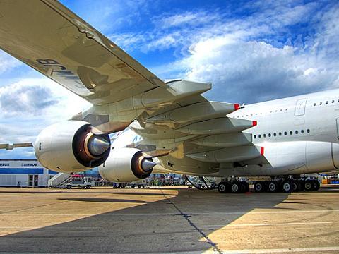 Qantas avisa que habrá que reemplazar 40 motores de los A380