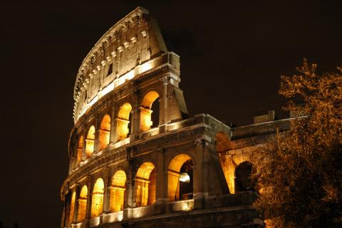 El Coliseo romano vuelve a abrir sus puertas