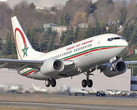 Royal Air Maroc no deja volar a El Aaiún a once periodistas