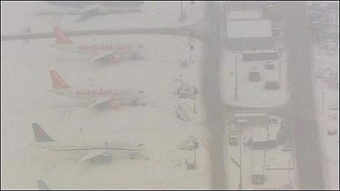 Cancelaciones en los vuelos a Europa por la nieve
