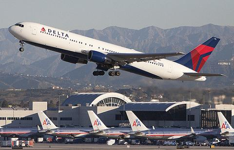 Las aerolíneas tradicionales se apuntan a los ingresos por servicios extra