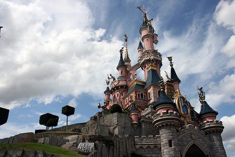 Disneyland Paris ofrece 600 puestos de trabajo a españoles
