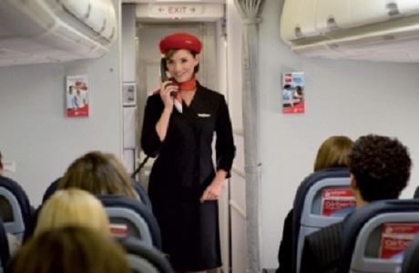Air Berlin Group busca 300 auxiliares de vuelo