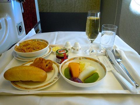 Los pasajeros de avión prefieren la comida oriental