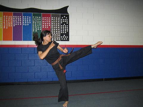 Azafatas que aprenden Kung Fu