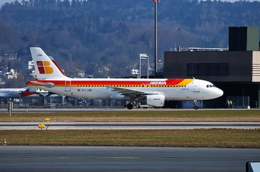 Iberia abre cuenta en Tuenti