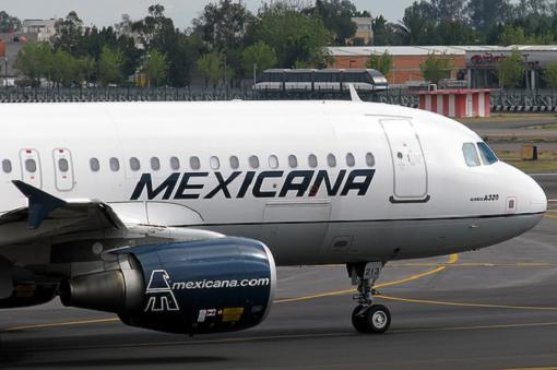 Mexicana podría ser comprada por sus trabajadores
