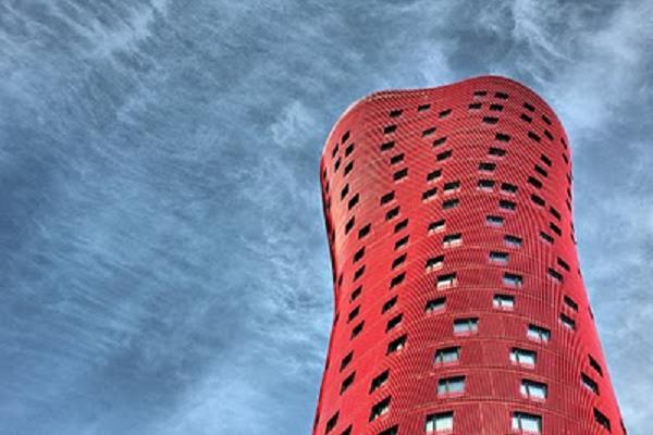 El hotel Porta Fira es el mejor rascacielos del planeta