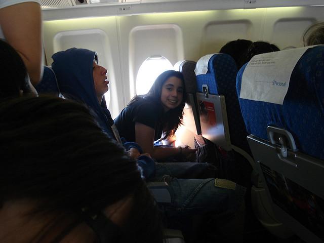 cuando se debe dormir en los aviones