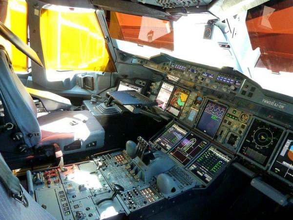 fotografia de una cabina de avion