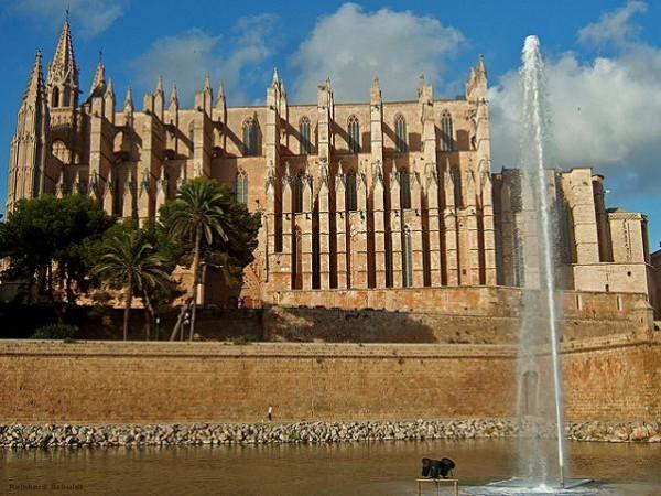 Los destinos más demandados a última hora son los españoles