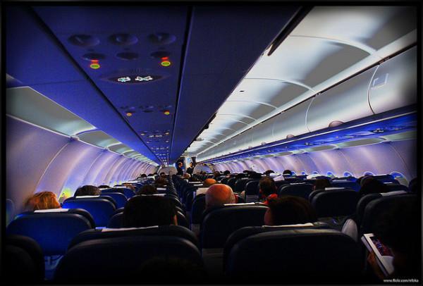 Pasajeros en el avion